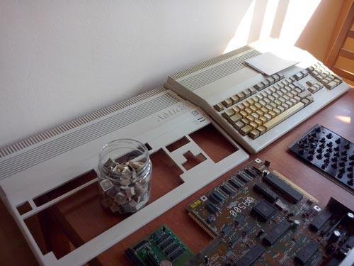 Desmontando Amiga 500
