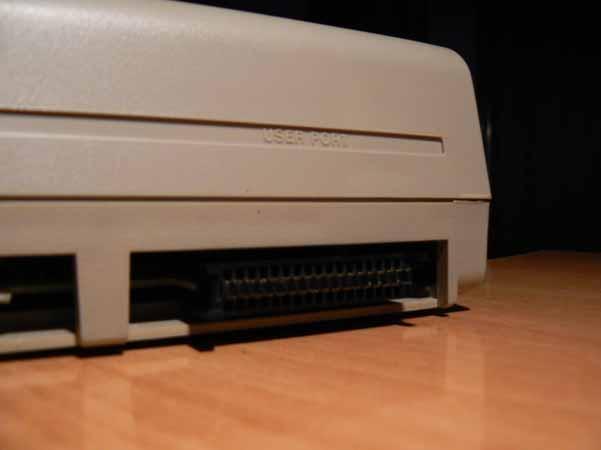 Botón Reset Commodore 64 - Imagen 10