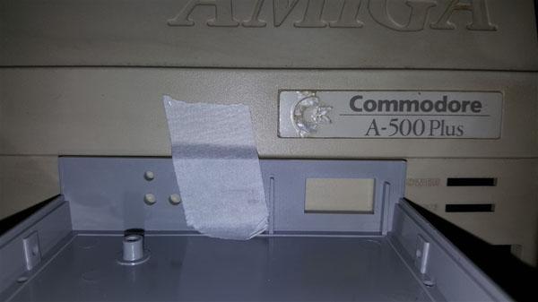 Instalación Gotek + Floppy internos en Amiga 500 con selector (2)