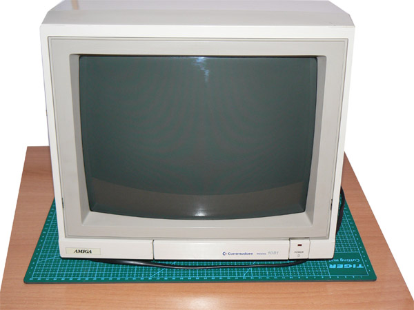 Reparación Monitor Commodore Amiga 1081 (1)