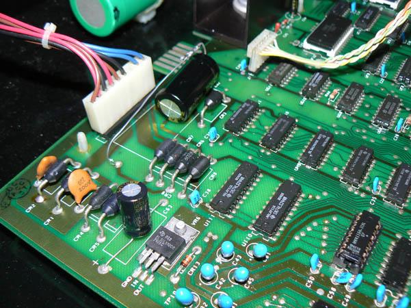 Reparación Placa Commodore Pet CBM 4032 (4)