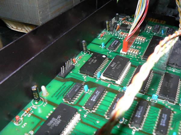 Reparación Placa Commodore Pet CBM 4032 (5)